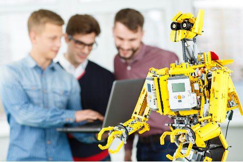 Sikeresen lezajlott az Edutus Egyetem szervezésében a XVI. World Robot Olympiad Világdöntője borítókép